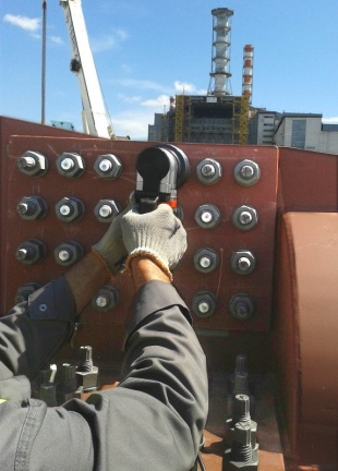 Installation of TCBs - Tension Control Bolts Ltd.jpg