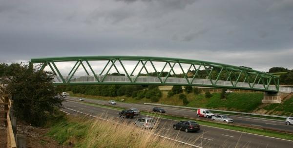 Design of steel footbridges - SteelConstruction info