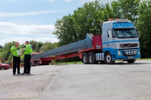 Transporting steelwork by road.jpg