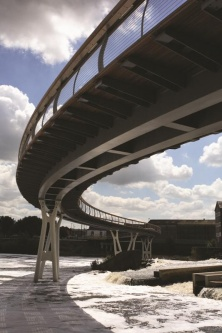 Castleford Footbridge.jpg