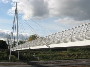 M60 Footbridge.jpg